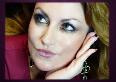 Maquillage Permanent contour de lèvres et ombrage